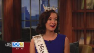 Miss Minnesota at Minneapolis Holiday Boutique